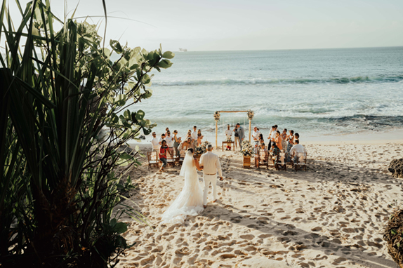 destination wedding plage elopement horizon wedding